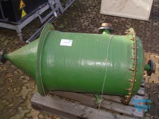 details anzeigen - Trichterbehälter / Spitzbodenbehälter / Kristallisator aus GFK / Rührwerksbehälter / GFK Behälter