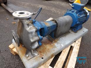 show details - pump made of high resistant stainless steel casting