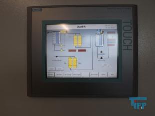 details anzeigen - Schaltschrank mit Frequenzumrichtern, Anlagensteuerung für eine Abwasseraufbereitungsanlage, Schaltschrank mit Prozessvisualisierung