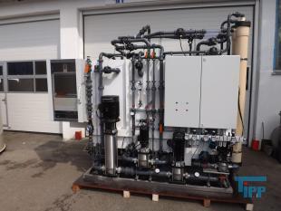 details anzeigen - Umkehrosmose / Ultrafiltration / Schlammwasseraufbereitungsanlage f�r �ffentliche Schwimmb�der
