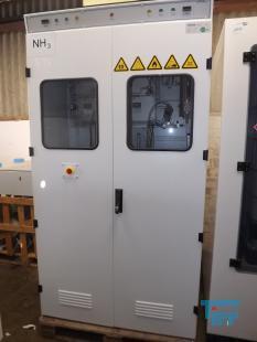 details anzeigen - Doppelentnahmestation für Gase mit Sicherheitsschrank