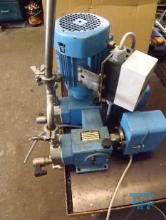 show details - dosage pump / metering pump / membrane pump