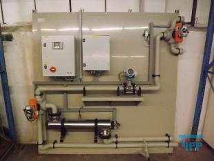 show details - UV sterilization plant mounted a a plate with flow meter