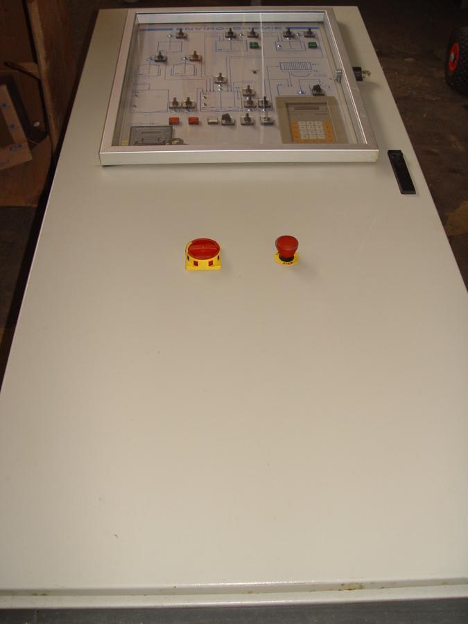 gebrauchte gebrauchtes gebrauchter schaltschrank f r z. Black Bedroom Furniture Sets. Home Design Ideas