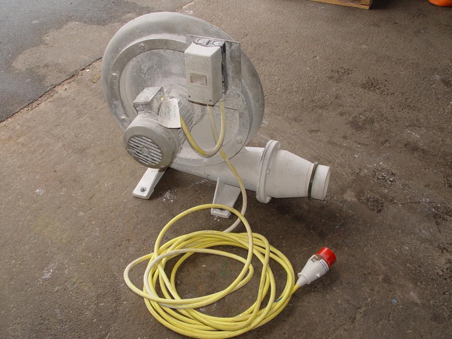 prozessabluftventilator ventilator zur staubabsaugung gebraucht 24743 typ 2cf 1142 0. Black Bedroom Furniture Sets. Home Design Ideas