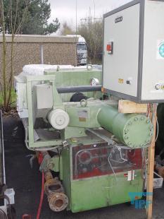 details anzeigen - Kammerfilterpresse mit geschlossenem Filtratablauf und automatischer Plattenverschiebung