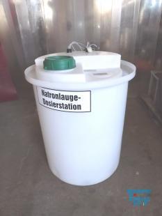 details anzeigen - Dosierstation; Dosierbehälter in Auffangbehälter