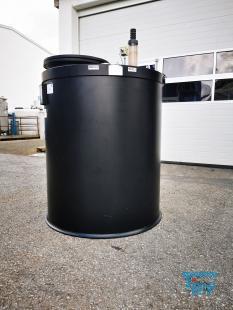 details anzeigen - Kunststoffbehälter mit Flachboden aus PE geschlossen mit Mannloch/Speicherbehälter/Behandlungsbehälter/PE-Behälter