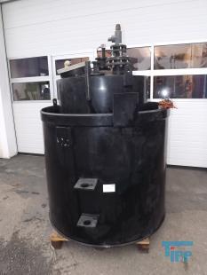 details anzeigen - Chemikalienlagertank mit Auffangbehälter, doppelwandig