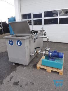 details anzeigen - Edelstahlwanne/ Edelstahlbehälter/ Pumpstation / Vorlagebehälter mit Pumpe für Pulverbeschichtung / Umwälz- und Kreislaufstation