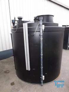 details anzeigen - Chemikalienlagertank mit Auffangbehälter / Speicherbehälter