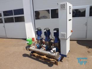 details anzeigen - KSB HYAMAT Pumpstation mit drei Edelstahlkreiselpumpen, Druckerhöhungsstation