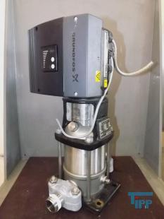 details anzeigen - GRUNDFOS CRNE3 mehrstufige  Kreiselpumpe mit Frequenzumformer / Hochdruckpumpe