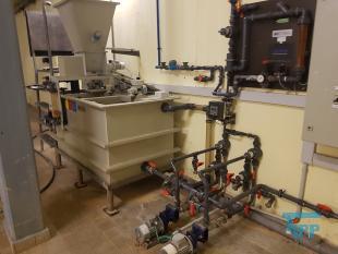 details anzeigen - Polymer-Ansetzstation und Dosieranlage mit Exzenterschneckenpumpen, Ansetzstation mit Pulverdosierer, Aufbereitung für pulverförmige Stoffe