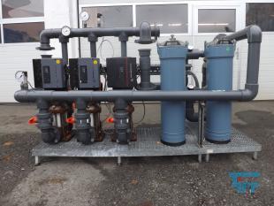 details anzeigen - GRUNDFOS Pumpstation mit 2 Stk. Beutelfiltern/ 3 Kreiselpumpen mit Frequenzumformer /Druckerhöhung/ Pumpe
